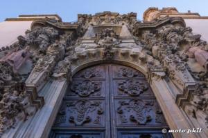 Door of Iglesia de San Diego in Guanajuato