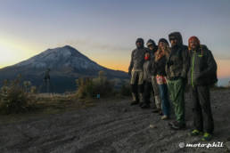 Group photo in front of Popocatepetl