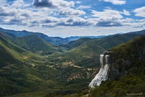 Hierve el Agua, petriefied waterfalls