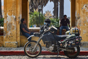 DR650 at the Tanque la Union, a public washing place